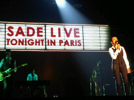 LIVE ON STAGE / PARIS